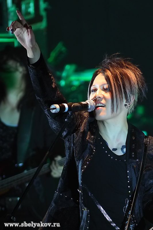 http://www.music-photo.ru/concert2009/miyavi/index.files/original_images/p0000005.jpg